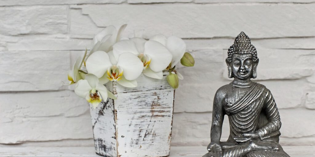 Spirituality And Feng Shui How To Display Religious Articles - Religious articles